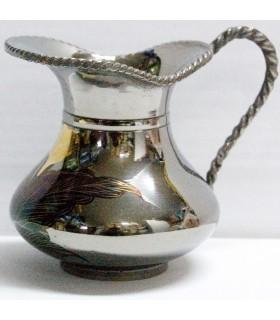 Vase argent - orné de gravures et de fleurs