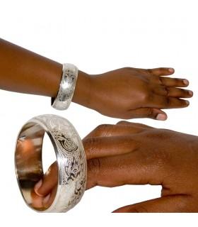 Geschlossener runder Silber Armband - Gravur Etnico - Alpaka
