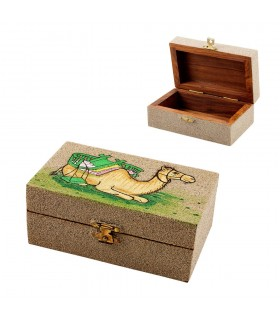 Wood box - design camel - painted with Earth - 13 cm