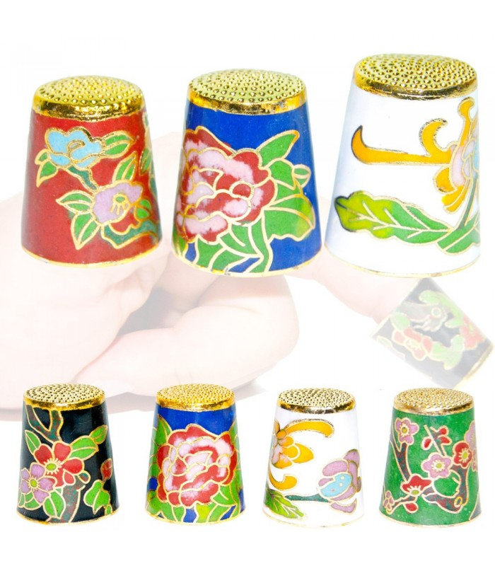 Golden Thimble - Floral Design - 3 sizes - Lacquer Interior