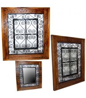 Holz Fenster mit schmiedeeisernen Türen - 2 Größen