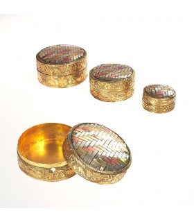Set three round boxes brass and Alpaca