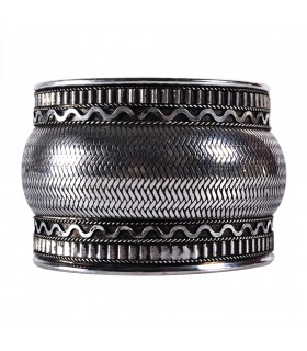 Wide silver Bangle - snake skin - NOVELTY