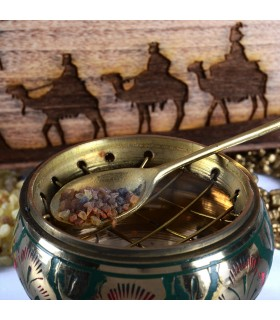 Pack treasures of East - incense myrrh and gold - includes censer tweezers and Carbon -