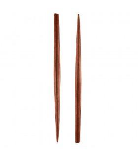 Деревянной палочкой для физических глаз капли