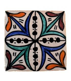 Al-Andalus - 10 cm - several designs - handcrafted tile - model 28
