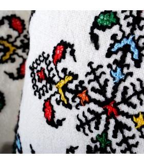 Almofada de algodão e lã - bordado a mão - artesanato - 35 cm