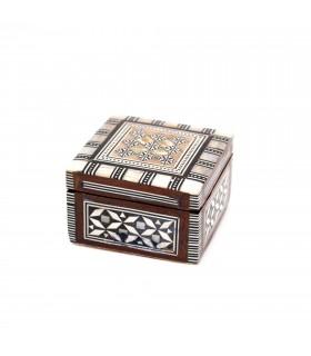 Weißes quadratisches Holzkästchen - mit Samt ausgekleidet - Ägyptische Intarsien
