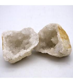 Geode - Mineral Roca - Quartz - Opens in 2 pieces- 10 cm