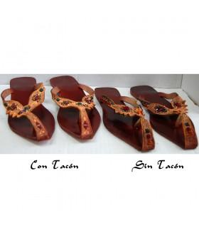Donna sandalo rosso - con o senza tacco N. 38-43